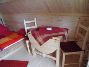 Familienhütte Innenausstattung rechte Seite